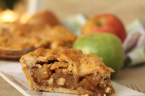 apple cider pie and 20 Thanksgiving Day Recipes and a Bonus Turkey Leftover Recipe