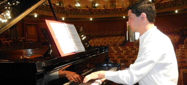 pianista-luis-hernan-universidad-guanajuato-ug-ugto