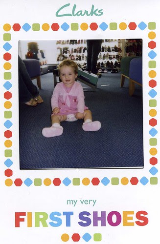 lucy_first_shoes_001