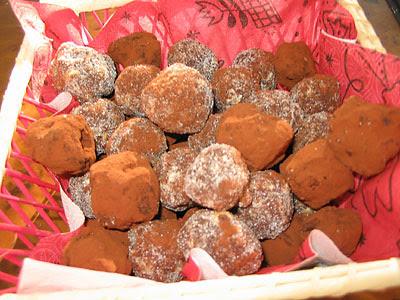 truffes et boules aux noix