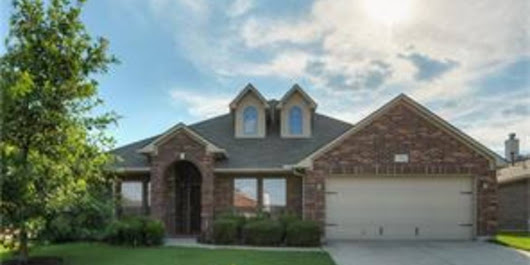 7702 Yearling Wy Arlington, TX - 76002