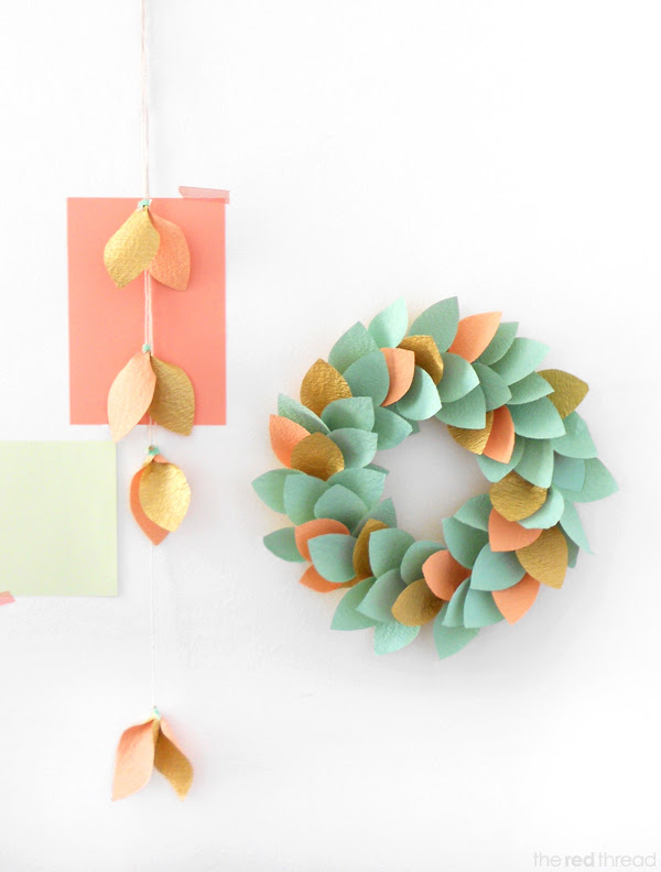 colorful paper Christmas wreath | Shelterness