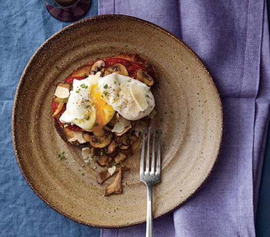 Poached Eggs With Mushrooms and Tomatoes — South Mill Mushroom Sales | Fresh Mushrooms, Produce, and More!