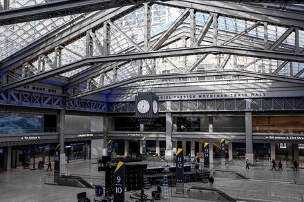 TREND ESSENCE:New Train Hall Opens at Penn Station, Echoing Building's Former Glory