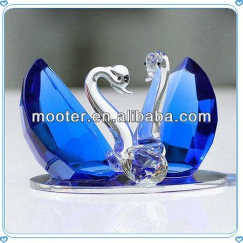 Swans Crystal Cheap Wedding Giveaway Gifts For Guest