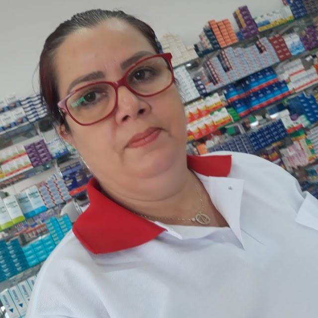Fora do Mais Médicos, cubanos trabalham como balconistas em farmácias do RN