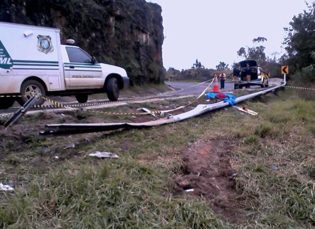 acidente rodovia paraná ônibus 2 (Foto: Divulgação/Polícia Rodoviária Estadual)