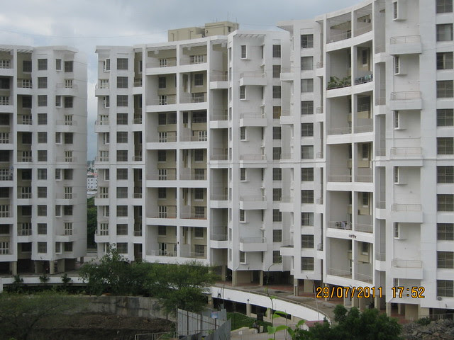 50 Possessions are given in Paranjape Schemes' Gloria - Visit to Paranjape Schemes' Gloria Grace, 2 BHK & 3 BHK Flats, at Bavdhan, on Paud Road, Kothrud Annexe, Pune