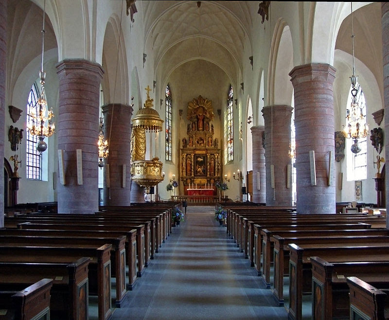 Jakobs-Church-Interior-Summer-2010.jpg