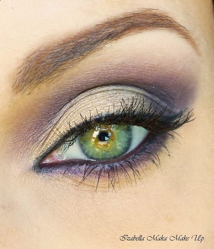 Gorgeous bold purple liner.
