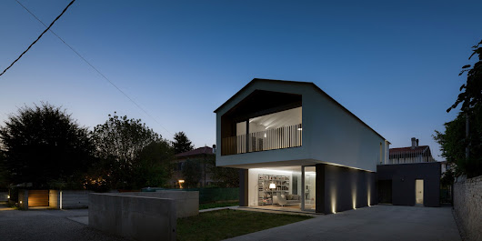MZC Plus Design a Contemporary Home in Treviso, Italy