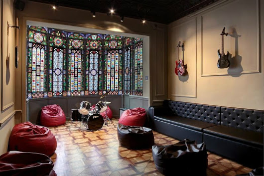 11 hostels all music lovers will adore | Hostelworld.com