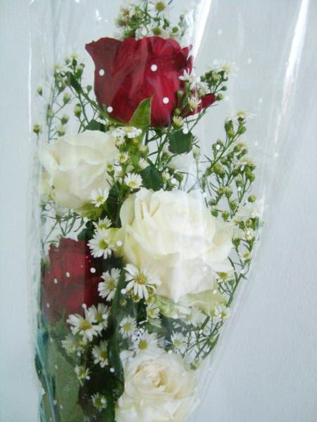 Contoh Soal Dan Contoh Pidato Lengkap Gambar Rangkaian Bunga Mawar Merah Dan Putih