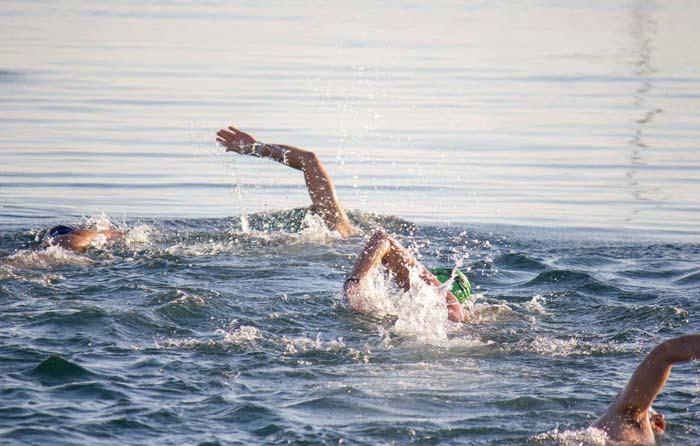 Άρτα: Με μεγάλη επιτυχία πραγματοποιήθηκε ο 16ος Κολυμβητικός Διάπλους Αμβρακικού