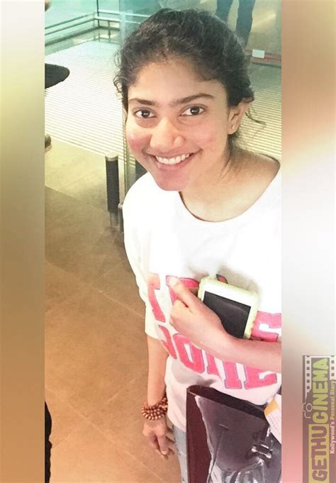 actress sai pallavi unseen cute hd viral photoshoot