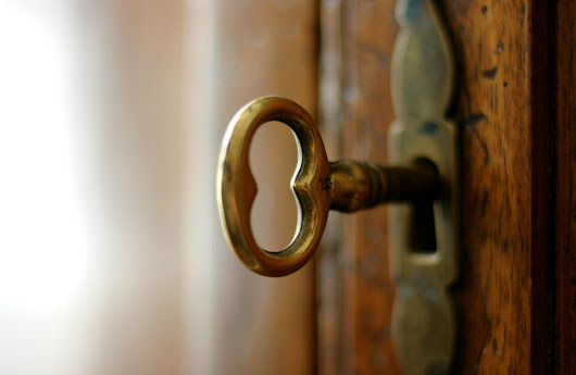 6 Signs You Need To Replace Your Small Hotel's Locks
