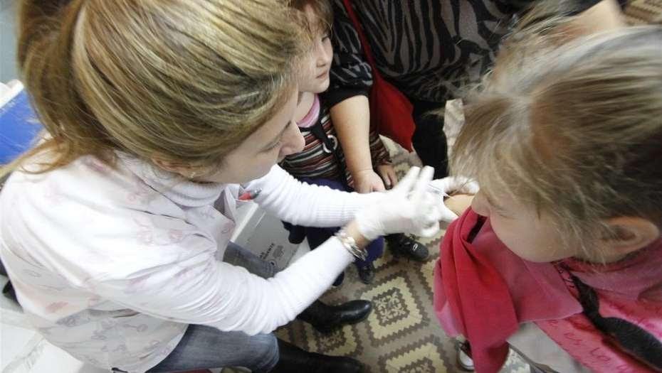 Llega el otoño y lanzan una campaña para vacunarse por la gripe