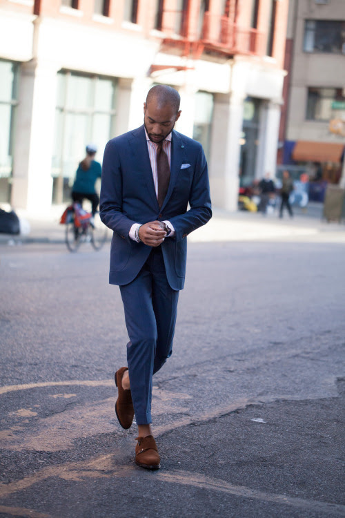 http://carsonstreet.tumblr.com/post/88683083866/now-up-on-the-review-in-need-of-a-new-suit-but