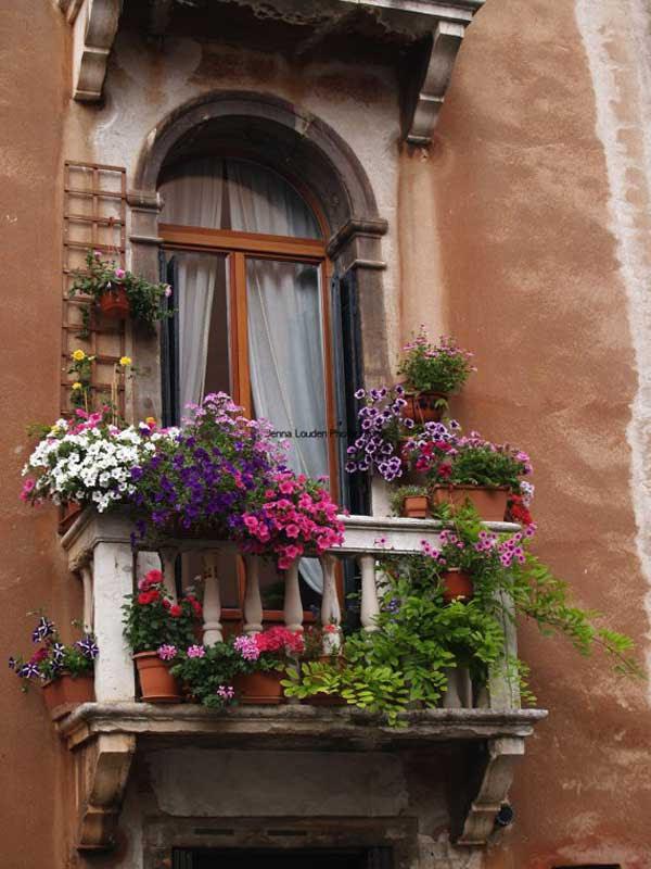 AD-Spectacular-Balcony-Garden-17