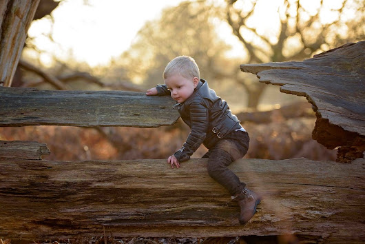 Children's portrait photographer | Twins in Richmond Park