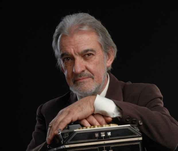 O bandoneonista argentino Maestro Rodolfo Mederos. Foto: Consulado da Argentina/ Divulgação