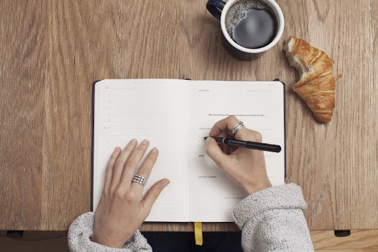 How Writing A List In The Morning Can Help