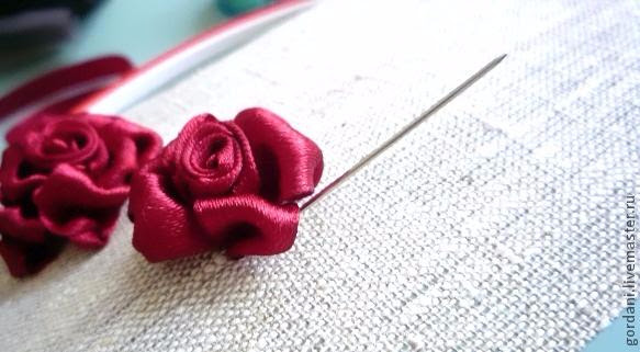 Rose flower.  ribbon embroidery (27) (583x321, 169Kb)