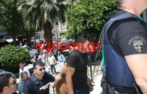 Το έγκλημα στο Αλιβέρι φέρνει στο προσκήνιο την ξενοφοβία