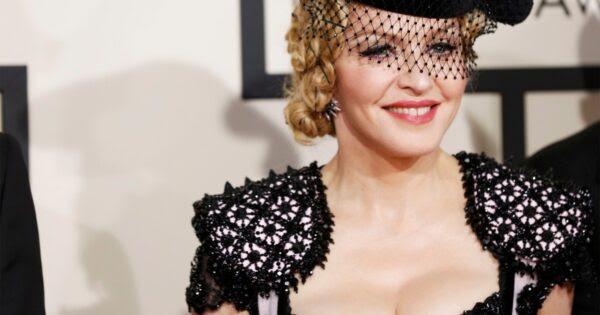 10 vícios mais bizarros das pessoas famosas