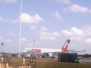 12 passageiros ficam feridos em pouso de emergência em Fortaleza (Foto: Thiago Conrado/G1 Ceará)