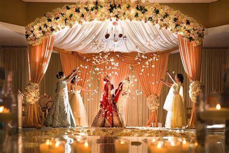 Stunning Mandap Decor Ideas for the Indoor Wedding!