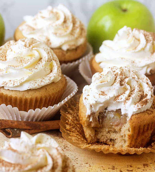Apple Pie Cupcakes - i am baker