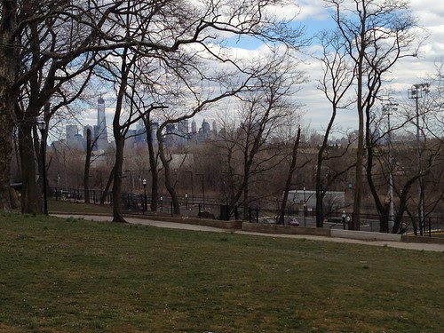 Manhattan, from Bayview Park