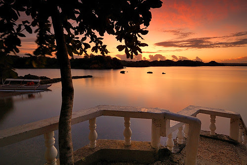 Dawn Breaks in Villa Igang