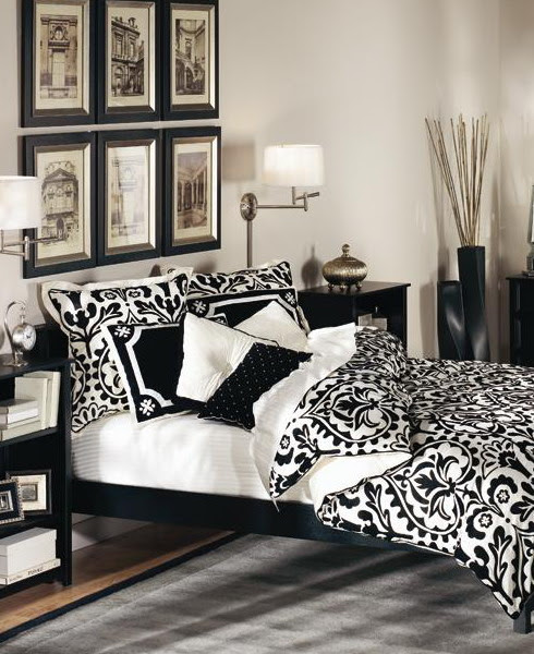 19 Traditional Black And White Bedroom That Inspire | DigsDigs