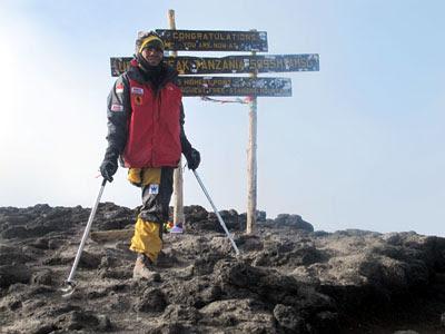 Sabar Gorky pendaki gunung tunadaksa Indonesia yang menginspirasi