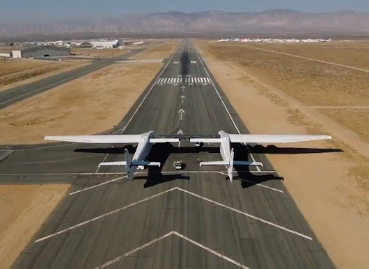 Paul Allen's Stratolaunch puts monster airplane through first taxi test – GeekWire