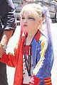 liev schreiber sons dress up in costume at comic con 02