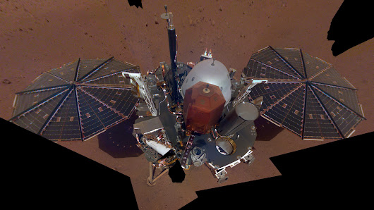 InSight Mars Lander Gets Used to Its New Digs, Snaps a Selfie