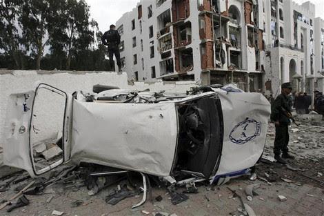 """محلل مغربي: الجزائر تتجه نحو """"سيناريو سوري هجين"""""""