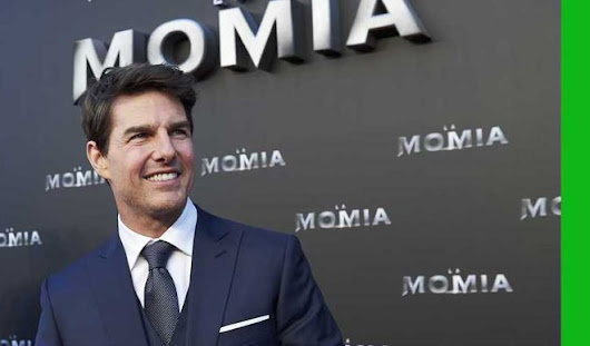Tom Cruise Filming Despite Broken Ankle