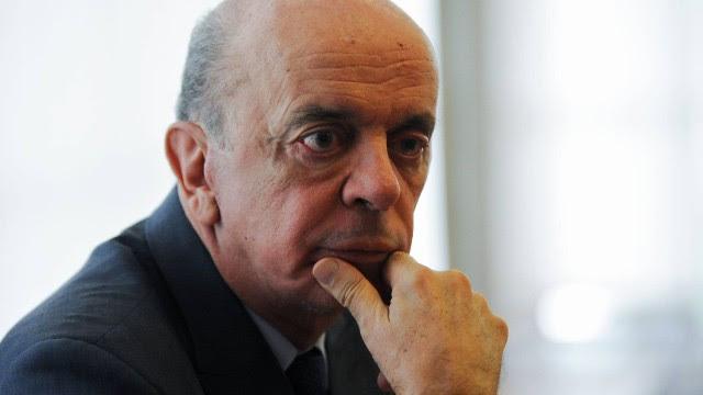 José Serra pediu demissão do cargo de ministro