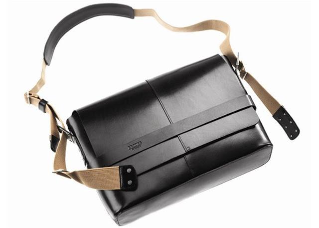Brooks Barbican leather shoulder bag 01