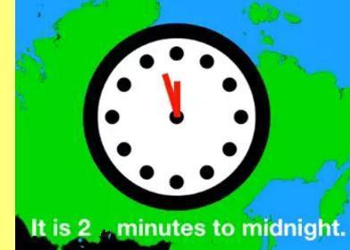 Faltam 2 minutos para a meia noite.