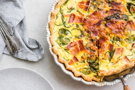 perfect breakfast quiche - Blue Bowl
