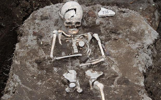 esqueleto_vampiro_bulgaria