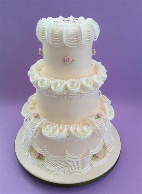 106 best images about ROYAL ICING TECHNIQUES/CAKES on