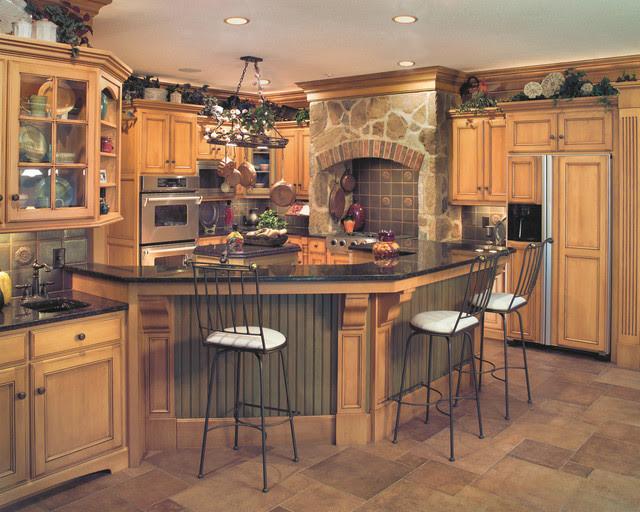 Tuscan-style Birch Kitchen - Traditional - Kitchen ...