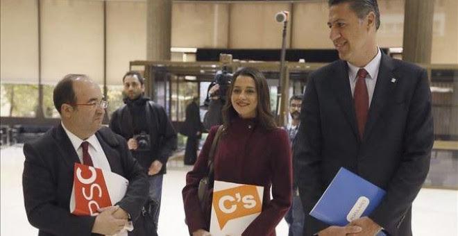 Los candidatos de PSC, Miquel Iceta; Ciudadanos, Inés Arrimadas; y PPC, Xavier García Albiol, en una imagen de archivo. EFE
