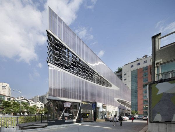 11 Stunning Parking Garage Designs with a Contemporary Flair